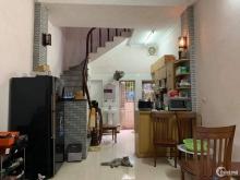 Cần bán nhà gấp: Ngõ 139 Tam Trinh