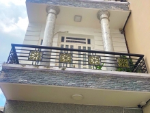 Bán nhà đẹp 3 tầng hẻm 270 Huỳnh Tấn Phát Quận 7