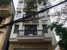 Cần bán nhà xây mới Xuân La 5 tầng 60m2 có sân cổng rộng cách đường 10m giá 5 tỷ