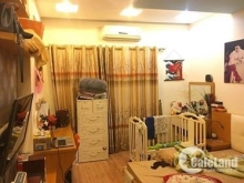 Cần bán nhà ở Chính Kinh, DT 43m2, 4 tầng, ngõ rộng thông thoáng.