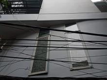 Cần bán : Nhà ngõ phố Cự Lộc, 33/37T1, 6T, MT5.8, Tây Nam.3.1 Tỷ