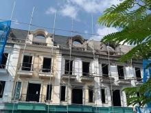 Cần bán gấp căn nhà 4 tầng đi nước ngài còn mới đang trong quá trình hoàn thiện.