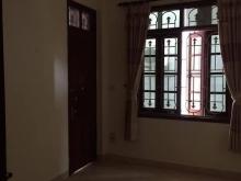 Cho thuê nhà Đê La Thành 100m2x4 tầng 8t5/tháng