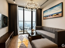 Cho thuê căn hộ cao cấp 3 phòng ngủ full đồ tại Vinhomes Sky Lake Phạm Hùng