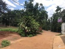 Đất hẻm Nguyễn thái bình  Cách chợ hoà thắng 500m Cách QL27 500m