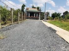 Cần tiền bán miếng đất ngay mặt tiền đường xe hơi , 100m2, 650 Triệu, Bệnh viện