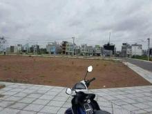 Đất trung tâm thành phố mặt tiền đường QL14 giá 560tr/200m2.