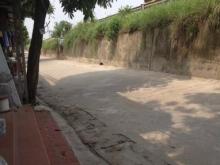 Bán đất An Dương Vương, Tây Hồ, ô tô đỗ cổng, hơn 4 tỷ. Lh: 0902237588