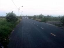 Bán đất mặt tiền đường dẫn cầu An Hòa,thị trấn Thủ Thừa,Long An. Giá: 2 tỷ/1000m