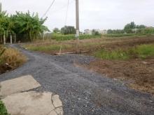 Tôi cần bán gấp lô đất 618m2 2 mặt tiền đường Ba Bê, Xã Hưng Long, Huyện Bình Ch
