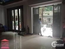 Cho thuê nhà phố Nguyễn Khả Trạc làm vp, cửa hàng,95m2.mt 10m