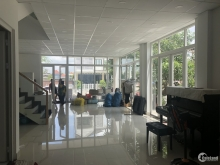 Cho thuê nhà khu Jamona Home Resort, đường số 12, P. Hiệp Bình Phước.