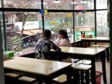 Sang nhượng và cho thuê nhà hàng mặt phố Thái Thịnh, giá thuê 28tr