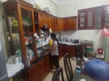 Cho thuê nhà riêng 50m2 4 tầng Nguyễn Sơn Long Biên đã có đồ 8tr 0983477936