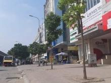 Cho thuê nhà phố Nguyễn Xiển làm công ty, văn phòng, spa....