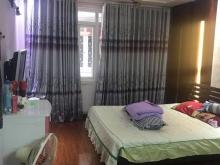 Cần bán gấp nhà phố Bồ Đề Long Biên, 32m2, giá 2.95 tỷ