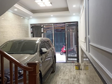 Bán nhà Thanh Xuân 70m2, 4 tầng, MT 4m phân lô GARA Ô TÔ giá 7.5 tỷ