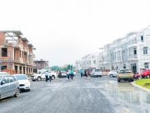 Bán Nhà phố 1 trệt 2 lầu và Biệt thự nghĩ dưỡng ngay KCN Giang Điền,Trảng Bom,ĐN