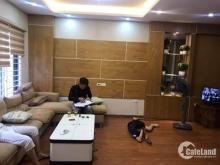Do nhu cầu muốn mua chung cư nên cần bán nhà tại Nguyễn Khang.