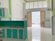 Cần bán gấp căn nhà ở đường song hành QL22, Hóc môn . dt 68m2 giá 1 tỷ 4,SHR