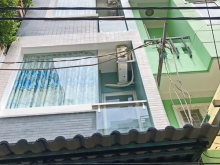 Bán nhà đẹp 2 lầu sân thượng hẻm 120 Lê Quốc Hưng phường 12 Quận 4