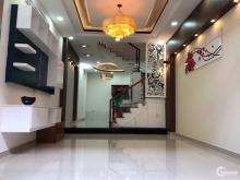 Chính chủ bán căn nhà 4 lầu mặt tiền kinh doanh mua bán ,chợ  cuối đường Nguyễn