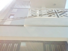 Bán nhà 2 lầu mới hẻm 391 Huỳnh Tấn Phát quận 7.