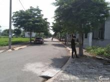 Bán  đất khu dân cư Nam Long đường số 10 , TT Bến Lức, giá 1 tỷ 1