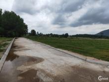 Bán đất ngay trung tâm thị xã phú mỹ, sổ hồng riêng từng nền