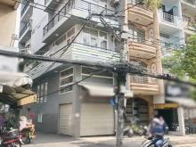 Cho thuê nhà 1 lầu căn góc vị trí đẹp mặt tiền Vĩnh Hội quận 4.
