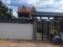 Biệt thự trung tâm Phước Vĩnh An giá 5 tỷ 5  Diện tích 14x40m.