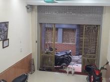Bán nhà 32m2, 5 tầng, 2,8 tỷ - Phố Hào Nam, Quận Đống Đa