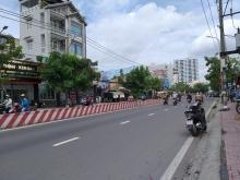 Bán nhà cấp 4 mặt tiền đường Huỳnh Tấn Phát P.Tân Phú Q.7