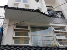 Bán nhà mặt tiền Hồ Biểu Chánh, gần ngã 3 giao Nguyển Văn Trổi, 14 tỷ.