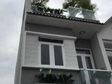 Bán gấp nhà 2 MT Hoàng Hoa Thám, Tân Bình, 7x20m; 3tầng, giá cực rẻ.