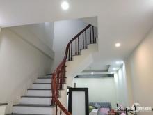 Bán nhà đẹp Phùng Chí Kiên, ngõ ô tô cách 10m, DT 30mX5T, MT 5m, giá 3.75 tỷ