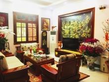 Chính chủ cần bán nhà phố Chùa Bộc, Đống Đa 45m2, 4T. ô tô Giá 5,2 Tỷ. 097401177