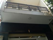 Căn nhà 2 lầu còn lại đường Tân Sơn Nhì 5.4 tỷ hẻm 1/ sát MT sầm uất