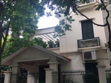 Cho thuê biệt thự Làng Quốc Tế Thăng Long, 110m2, 3.5 tầng, Giá 40tr/tháng