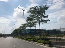 Đất đối diện Aeon Mall Long Biên 48m2 đường trước nhà 6m.