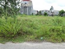 Cô Lan bán gấp 150m2 đất với giá 650 triệu/nền, có sẵn sổ hồng, 100% đất thổ cư