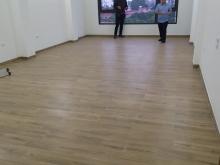Cho thuê nhà mặt phố mới xây để kinh doanh, DT 100M*6 tầng có thang máy. 100 tr