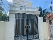 Bán gấp nhà đẹp tại đường Huỳnh Thị Mai, P2, TP. Tân An, Long An