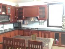 Nhà cần bán tại phố Bạch Mai, ngõ rộng, mặt thoáng.2,6tỷ.