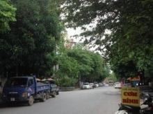 Hot!Bán nhà sát hồ Linh Đàm 50m2 , nhà phân lô quan chức quân đội , ngõ ô tô trá