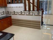 Do kẹt vốn kinh doanh cần bán căn nhà mới xây 3.8x14m 3 lầu 4PN Lò Gốm Q6