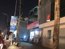Cho thuê nhà phố Phạm Văn Đồng 60m2x1 tầng, mt 9m giá 20tr