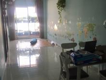 Chính chủ bán căn hộ 8X Plus Trường Chinh – Quận 12, 64m2, 2PN, 2WC, 1ty8